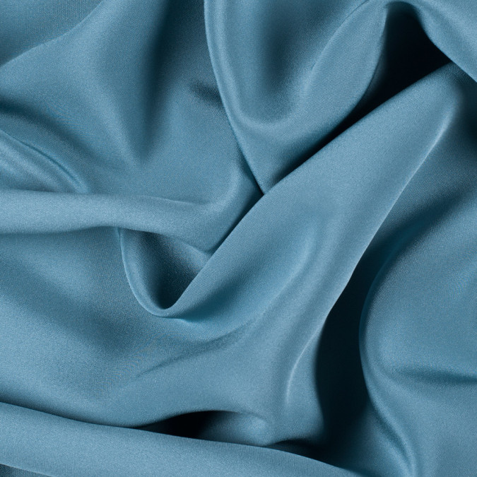 colonial blue silk 4 ply crepe pv7000 144 11
