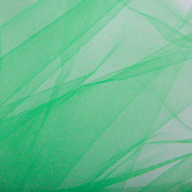 kelly green wide nylon tulle fn19040 11